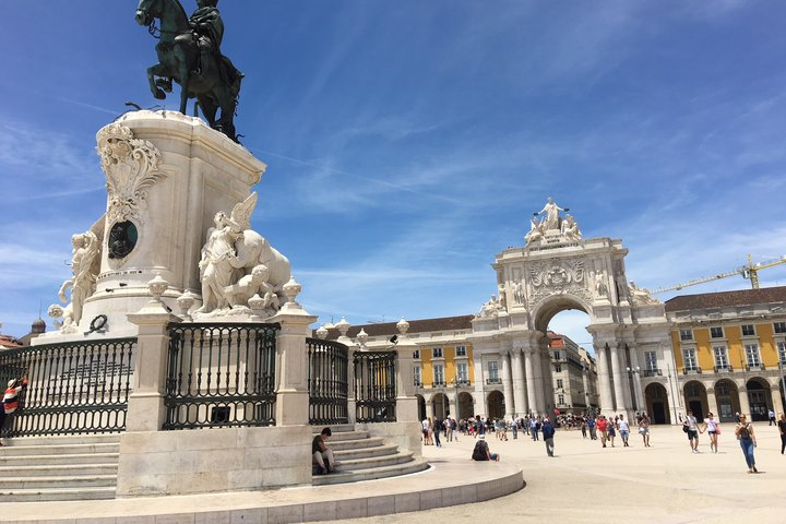 The best Excursion in Lisbon - Half Day Golden Lisbon!